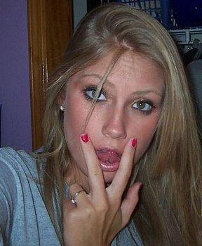 suesseblondekinogaengerin sucht Private Sexkontakte